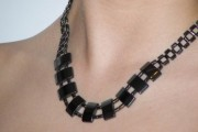 Collier Hématite Perles Plates